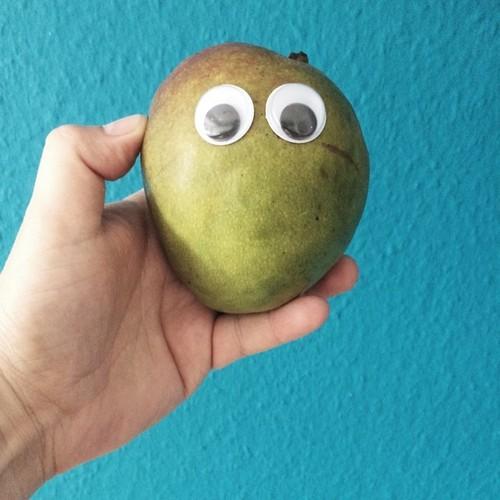 Mangos sehen dich an