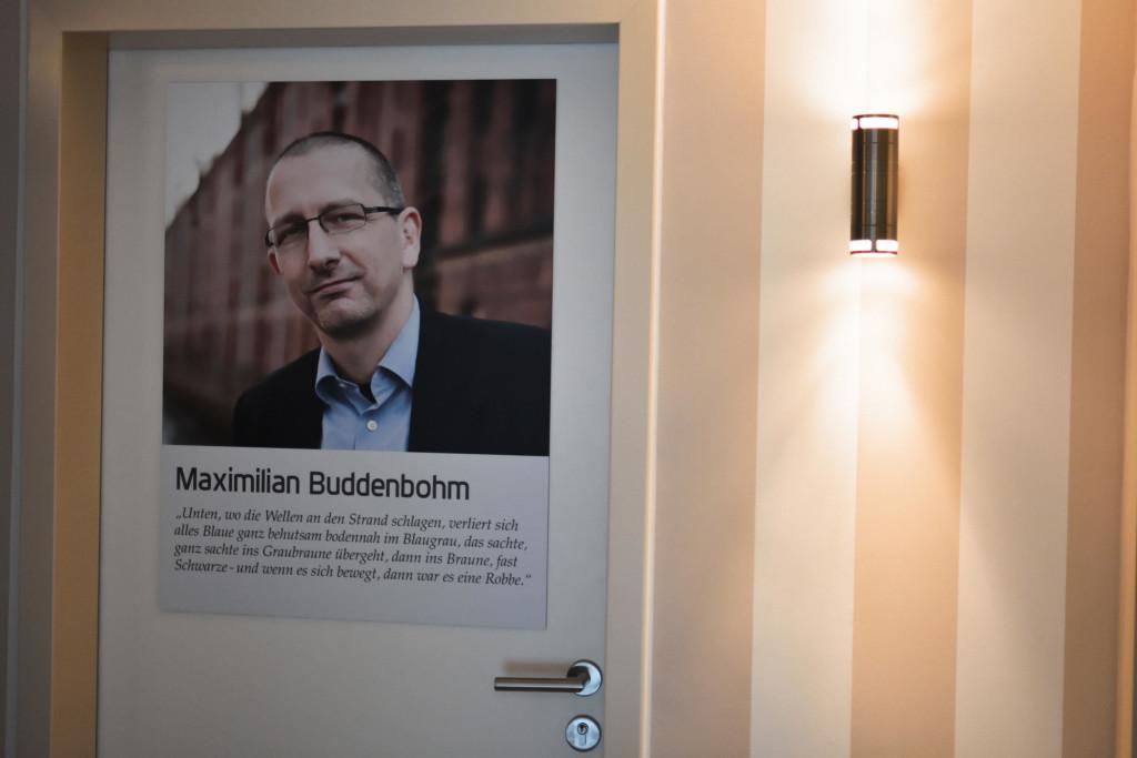 """Hotelzimmertür """"Maximilian Buddenbohm"""""""
