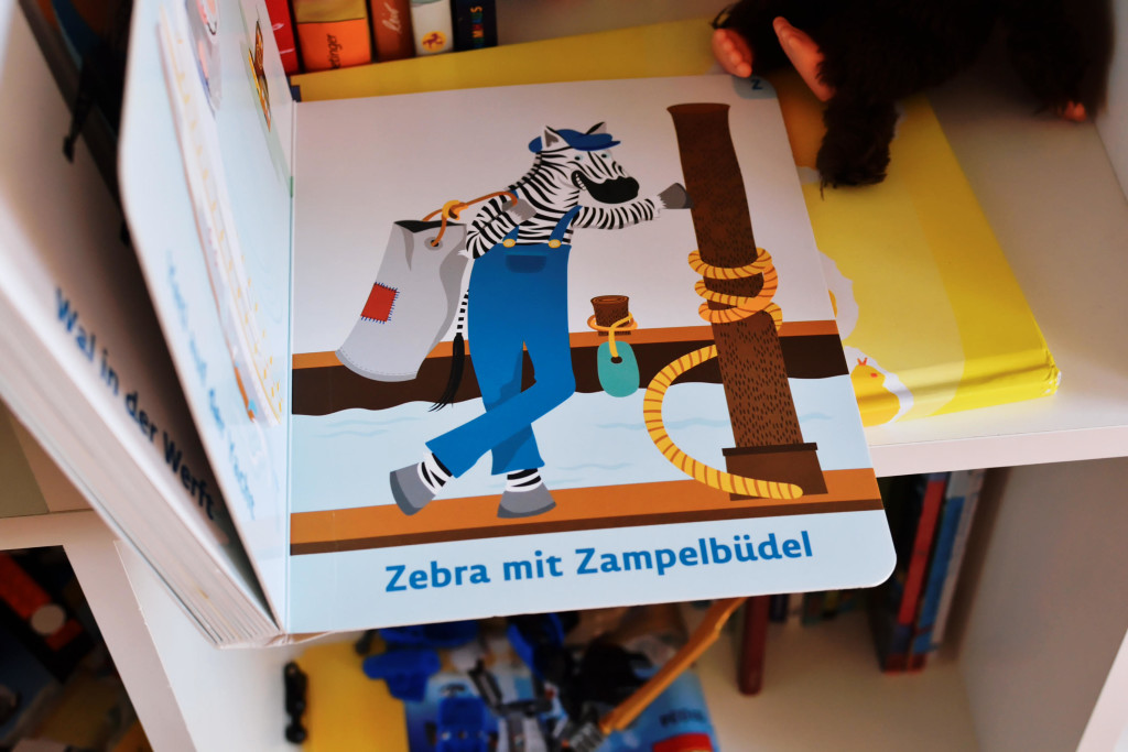 Bilderbuchbild: Zebra mit Zampelbüdel