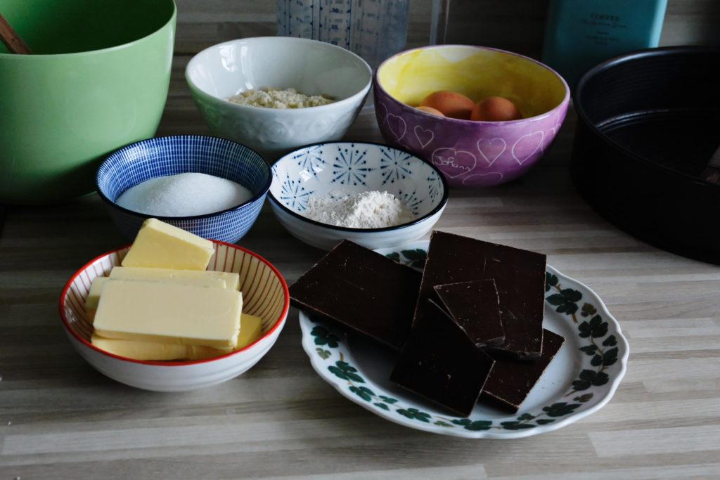 Die Zutaten für den Kuchen